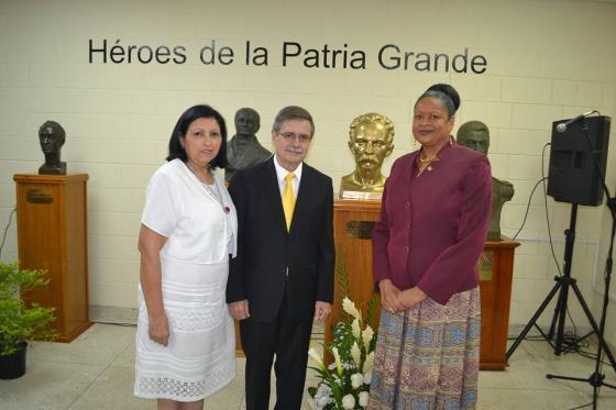 SG y Embajador Cubano rinden homenaje a José Martí