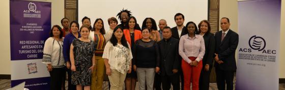 Red de Artesanos Se Reune y Trabaja en Panamá