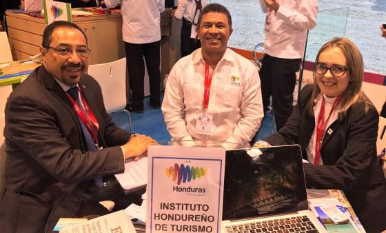 Reunión Ministerio de Turismo de Honduras y Dirección de Turismo Sostenible de la (AEC) en el Marco de la Feria Internacional de Turismo (FITUR)