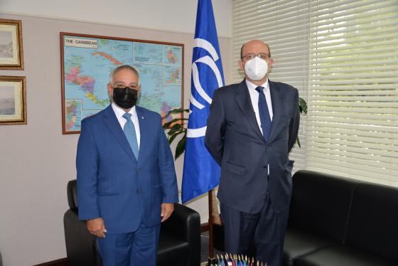 Embajador de España realiza visita de cortesía al Secretario General